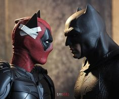 Who's gonna win? - Deadpool and batman Marvel Jokes, Marvel Funny, Marvel Dc Comics, Marvel Avengers, Captain Marvel, Dc Comics Funny, Deadpool Art, Deadpool Funny, Batman Meme