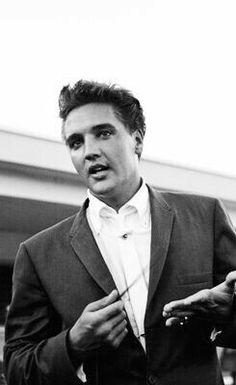 Elvis in Weeki Wachee Springs, FL, July 30, 1961
