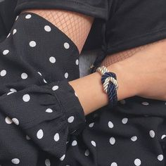 The official store of Leo Mazzotti bracelets : Bracelets combining chic and elegance for fashionista from all around the world. Only Fashion, Fashion Beauty, Style Fashion, Bracelet Knots, Bracelet Watch, Turquoise Glass, Nautical Fashion, Handmade Clothes, Modern Jewelry