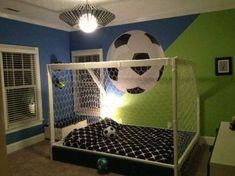 football bedroom Girls Soccer Bedroom To - football Kids Bedroom Sets, Bedroom Themes, Girls Bedroom, Boys Bedroom Paint, Bedroom Ideas, Boys Football Bedroom, Football Rooms, Kids Sports Bedroom, Bedroom Flooring