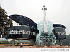 piano & guitar house