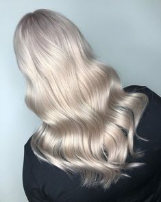 Add metallic magic to pearlescent blonde tones. Crafted by Wella Educator Laila Pettersen.