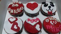 Cupcakea Osito enamorado. Maricarmen's cakes online Store.991526566