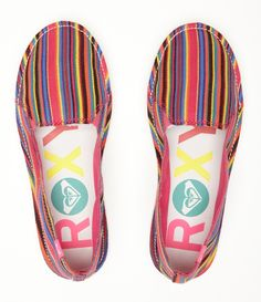 roxy shoes. cute and affordable! Things I Need To Buy, Roxy Surf, Surf Brands, Roxy Shoes, Classy And Fabulous, Womens Fashion Online, Fashion Brand, Slippers, Vans