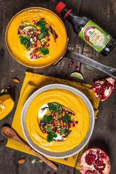Crema di zucca e lenticchie con mandorle e semi di zucca al tamari balsamico vegan senza glutine