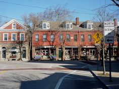 Quaint Wickford Village RI is one of those New England coastal destinations that will melt your heart. http://visitingnewengland.com/Wickford-Village-RI.html