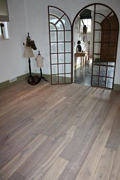 Love the hardwood color! Distressed Wood Floors, Hardwood Floors, Flooring, Floor Colors, How To Distress Wood, French Country, Home Improvement, Sweet Home, House Ideas