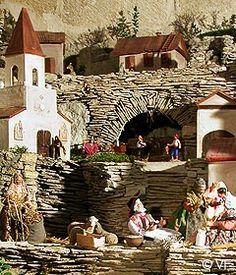 L'Atelier d'Anduze: Village de santon - Bonnieux, Provence.  Repinned by www.mygrowingtraditions.com