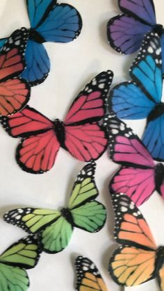 Wafer Paper Flowers, Paper Butterflies, Butterfly Artwork, Blue Butterfly, Cupcake Toppers, Cupcake Cakes, Butterfly Cupcakes, Miniture Things, 18th Birthday Party