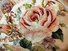 embroidery and beading Tambour Beading, Tambour Embroidery, Couture Embroidery, Ribbon Embroidery, Embroidery Thread, Embroidery Patterns, Machine Embroidery, Art Textile, Embroidery Techniques