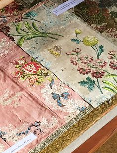 Beautiful old Rubelli fabrics documented in Venice, by Blog Ethnic Chic