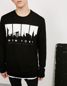 'N.Y./Go Away' sweatshirt. Discover this and many more items in Bershka with…