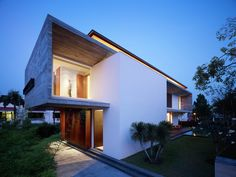 Gallery of M House / ONG&ONG Pte Ltd - 18