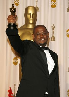 """Forest Whitaker - Best Actor Oscar for """"The Last King of Scotland"""" 2006 Hollywood Scenes, Hollywood Glamour, Oscar Academy Awards, Best Actor Oscar, Oscar Winning Movies, Forest Whitaker, Oscar Wins, Black Tie Affair, Best Supporting Actor"""