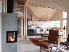 Ålhytta Log Houses, Small Houses, Interior Styling, Interior Design, Nordic Home, Ski Chalet, Cabin Interiors, Cabin Design, Cabins In The Woods