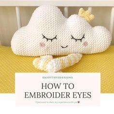 Baby Pillows, Kids Pillows, Animal Pillows, Easy Crochet Animals, Crochet Projects, Sewing Projects, Crochet Cushions, Crochet Patterns Amigurumi, Crochet Pillow Pattern