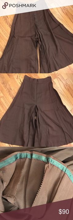 """Vintage 40s Gabardine Western Split Riding Skirt Extremely hard to find. Found at a Southern Colorado ranch estate sale 10 years ago and stored ever since. Appears to have never been worn. Excellent condition. Perfect for SASS enthusiasts. Waist 27"""". Length (from waist) 31"""". Vintage Pants"""