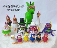 Gallo Pinto, Clay Figures, Air Dry Clay, Photo Displays, Yoshi, Fondant, My Design, Christmas Ornaments, Holiday Decor