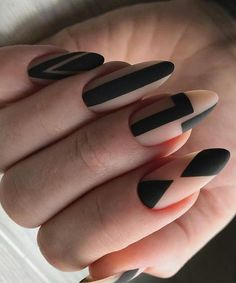 Creative Oval Black