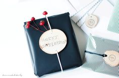 http://www.twocreatedetails.com/geschenkverpackung-less-is-more/