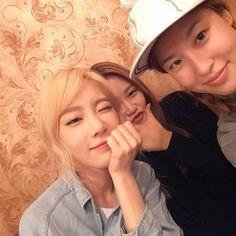 Taeyeon with Stylist unni