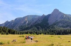 My favourite hike in #Boulder #Colorado - btwn the 1st & 2nd Flatirons http://www.hikebiketravel.com/19032/favorite-hike-boulder-colorado-flatirons/ … #hiking pic.twitter.com/xx05H5Ctz1