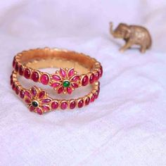 Bridal Kemp Bangles in Temple Jewellery Collection