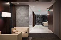 Trendy office - Robarts Interiors and Architecture - HSBC Corporate Interiors, Office Interiors, Commercial Design, Commercial Interiors, Welcome Design, Interior Architecture, Interior Design, Living Room Modern, Contemporary Interior