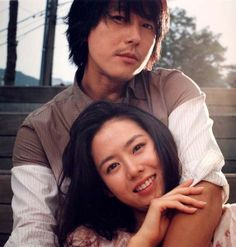 Son Ye Jin & Jung Woo Sung (A Moment To Remember) one of my favorite foreign films ever! for likes korean movie Korean Drama Movies, Korean Actors, Korean Dramas, Korean Celebrities, Sad Movies, I Movie, Jung Woo Sung, Jin, A Moment To Remember