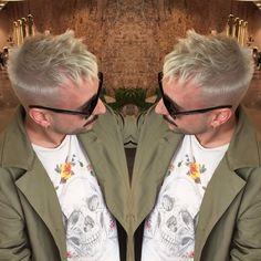 "10 Me gusta, 1 comentarios - Patrighair (@patrighair) en Instagram: ""💇🏼♂️💆🏼♂️✌🏻️#colorhairformen#lorealpro#platiniumplus#whitehair#menhairstyle#mensfashion#menstyle#366cdb#redkenmen#redkenroughpaste12#colorhairstyle#ilikemyjob#nofilter📷"""