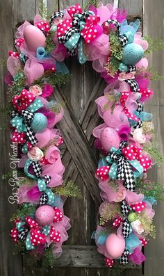 42 Ideas For Easter Door Decorations Jesus Easter Garland, Easter Wreaths, Holiday Wreaths, Mesh Garland, Spring Wreaths, Summer Wreath, Mesh Wreaths, Easter Crafts, Easter Decor