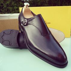 The John Lobb Vale on the 7000 Last.  Most sizes available immediately for dispatch with tress.  $1695 + shipping I Ascot Shoes is a British based shop specialising in hand made Vass Shoes.  Email Sammy for advice on Sizing, Fitting & Made To Order Prices