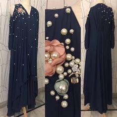 Stylish Dresses, Simple Dresses, Pretty Dresses, Beautiful Dresses, Indian Designer Outfits, Designer Dresses, Abaya Fashion, Fashion Dresses, Fancy Dress Design