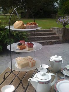 outdoors tea