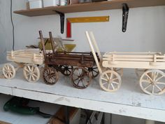 Craft Stick Crafts, Diy And Crafts, Paper Crafts, Ice Cream Stick Craft, Toy Wagon, Wooden Wagon, Chuck Wagon, Covered Wagon, Farm Toys