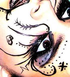 emo makeup - even tho it's freaky, it's beautiful Emo Scene Makeup, Goth Eye Makeup, Dark Makeup, Color Contacts For Halloween, Halloween Makeup, Makeup Hairband, Makeup Inspiration, Makeup Ideas, Makeup Stuff