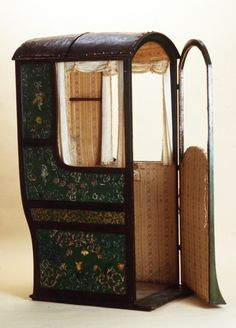 """In London in the 1630s the clogging of narrow streets by the increasing number of horse-drawn vehicles was a problem. A solution was found in the sedan chair, introduced, probably from France, by Sir Sanders Duncombe. He was given a patent for the exclusive right to hire sedan chairs in England for 14 years from 1634. Sir Sanders argued that """"the lives and limbs of his majesty's subjects were greatly endangered by the multitude of coaches in London and Westminster""""."""