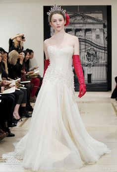 Unusual use of red... don't you agree? Reem Acra 2012