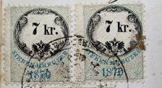 Dare vita ai francobolli  Uno dei problemi più grandi per i collezionisti di francobolli è quello di riuscire a staccarli dalla busta o dalla cartolina su cui sono incollati evitando di romperli. Per riuscirci, basta bagnarli con dell'acqua, per poi inserirli nel microonde per 25 o 30 secondi.
