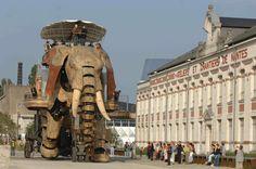 Bretagne Street Giant puppet theatre
