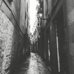 Por las calles del Born de Barcelona. Cuanta historia tienen!