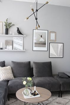Living Room Decor Ideas - Interior Design Ideas & Home Decor. - Living Room Decor Ideas – Interior Design Ideas & Home Decorating Inspiration – moercar Living - Diys Room Decor, Diy Living Room Decor, Interior Design Living Room, Living Room Designs, Living Room Furniture, Wall Decor, Manly Living Room, Small Living Rooms, Home Living Room