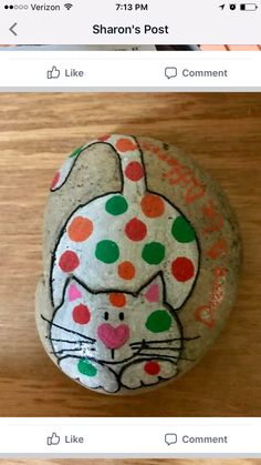 35 Beautiful & Unique Rock Painting Ideas , Let's Make You Painted Rock Animals, Painted Rocks Craft, Hand Painted Rocks, Painted Stones, Rock Painting Patterns, Rock Painting Ideas Easy, Rock Painting Designs, Pebble Painting, Pebble Art