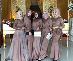 Kebaya Dress, I Dress, Hijab Dress Party, Hijab Outfit, Model Kebaya, Simple Bridesmaid Dresses, Kebaya Muslim, Modest Fashion Hijab, Free Images
