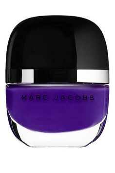 I love the way this bottle is made. Top Manicurists Pick Their Fave Fall Nail Polishes - Marc Jacobs Ultraviolet Fall Nail Polish, Nail Polish Trends, Nail Polishes, Hot Nails, Hair And Nails, Beauty Nails, Beauty Skin, Fall Nail Trends, Makeup Articles