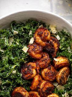 Kale Recipes, Vegan Recipes Easy, Shrimp Recipes, Dinner Recipes, Cooking Recipes, Shrimp Ceasar Salad, Kale Caesar Salad, Kale Salads