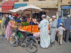Vegetable sellers of Taroudant, Morocco - by Jeremy Richards, Australian