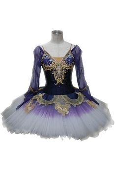 this is the tutu for my song Tutu Ballet, Ballerina Tutu, Ballerina Dancing, Ballet Dancers, Ballerinas, Ballet Fashion, Dance Fashion, Tutu Costumes, Ballet Costumes