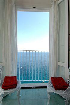 Hotel La Ninfa Hotel Amalfi - 278 reviews and great deals | Venere.com