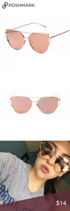 NEW  Rose Gold Mirrored Sunglasses ✨ Rose gold mirrored sunglasses ✨ •••• c h e a p e r  o n  s h o p m y l k [ d o t ] s t o r e n v y [dot] c o m Accessories Sunglasses